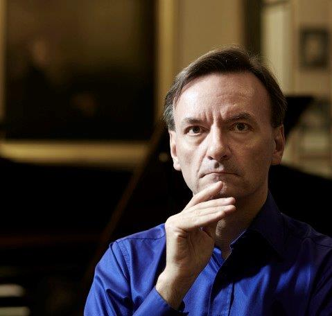 Stephen Hough (musicavivaaustralia.wordpress.com)